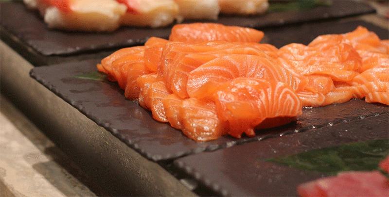 Nouveauté : les sashimi de saumon vous attendent au Coréen Barbecue !